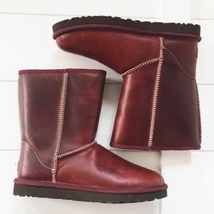 NWOB UGG Women Leather Oxblood Boot Size 11